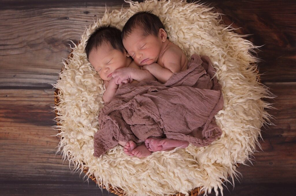 how to get twin pregnancy naturally